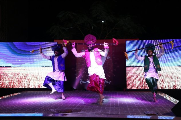 Bhangra at Net Solutions